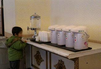 お水・お茶・お湯のサービスがあり嬉しい